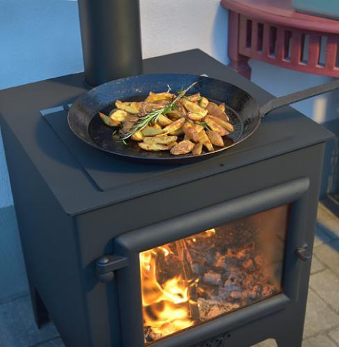 Cooking BBQ Outside on the Esse Outdoor Stoves
